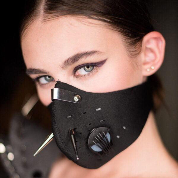 Дизайнерская маска Beautiful Badness