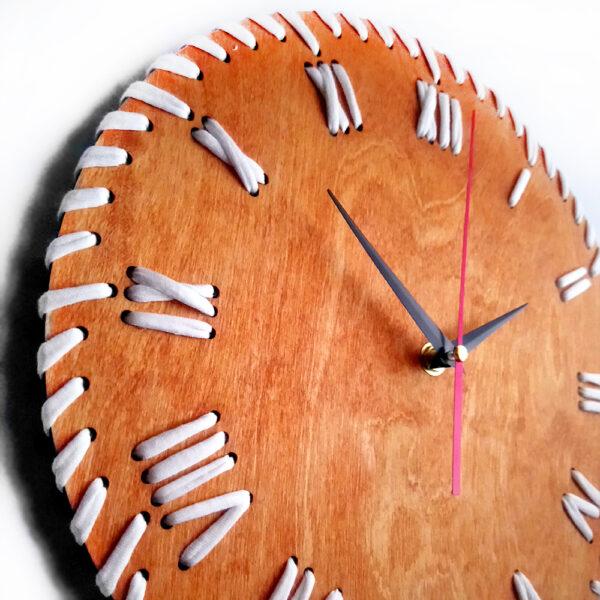 Настінний годинник Нитка часу