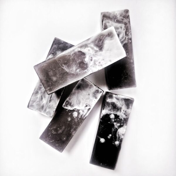 Натуральне мило ручної роботи «Чорна перлина»